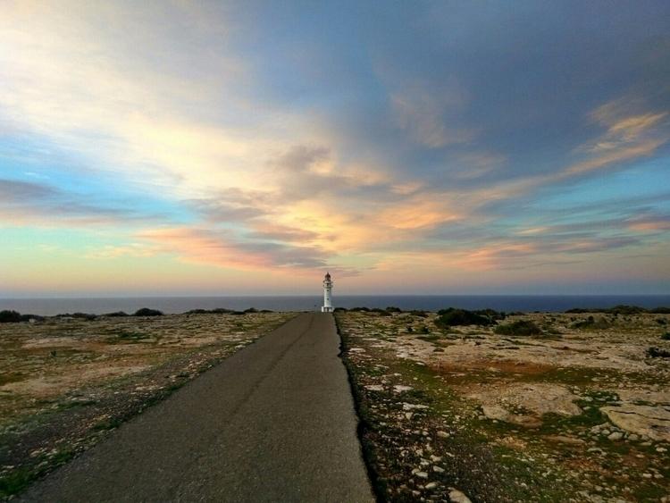 start - Formentera, Sunrise, Colors - laluns | ello
