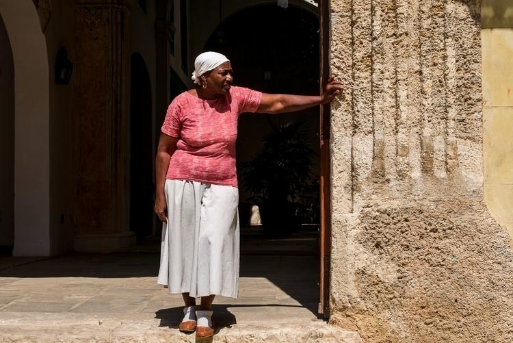 Lookout Havana, Cuba - giseleduprez   ello