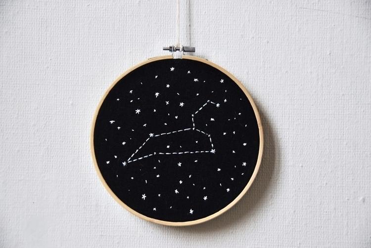 Leo constellation - handembroidery - sienie | ello