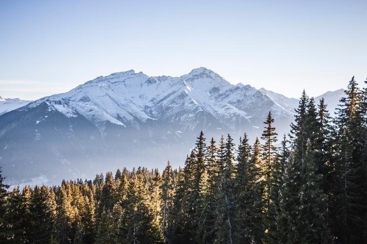 Canada Switzerland - jeyhag | ello
