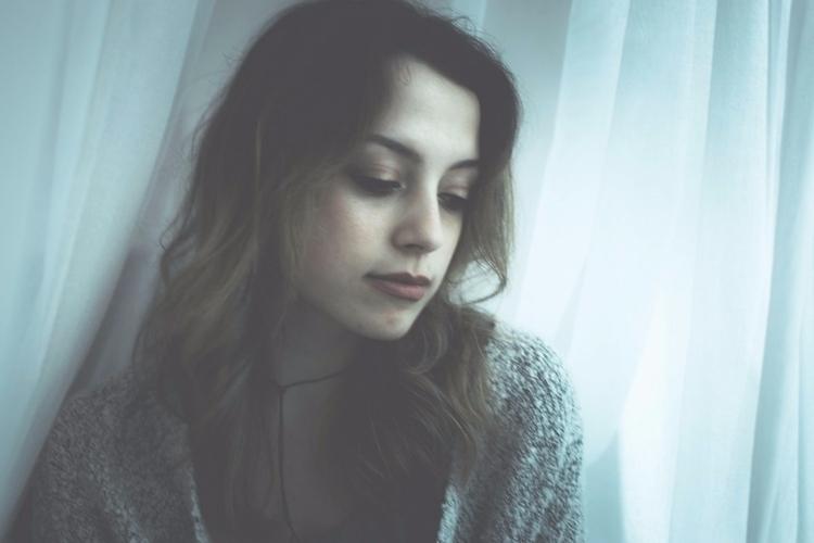 shoot singer-songwriter Elyssa  - iangarrickmason   ello