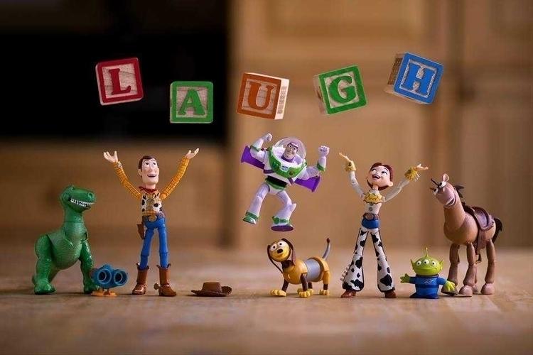 Mitchel Wu Creates Stunning Toy - photogrist | ello