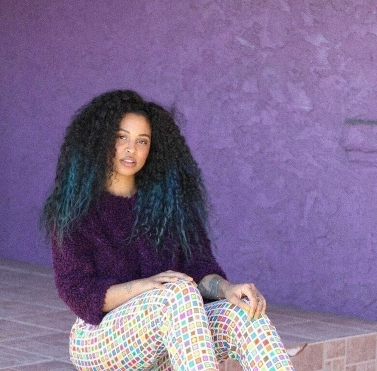 Pretty purple - queeeeen   ello