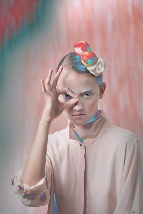 Colors spheres pink hair/makeup - erikadufour   ello