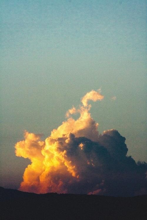 [Serie: Cloud Approaches // Apr - c_londono | ello
