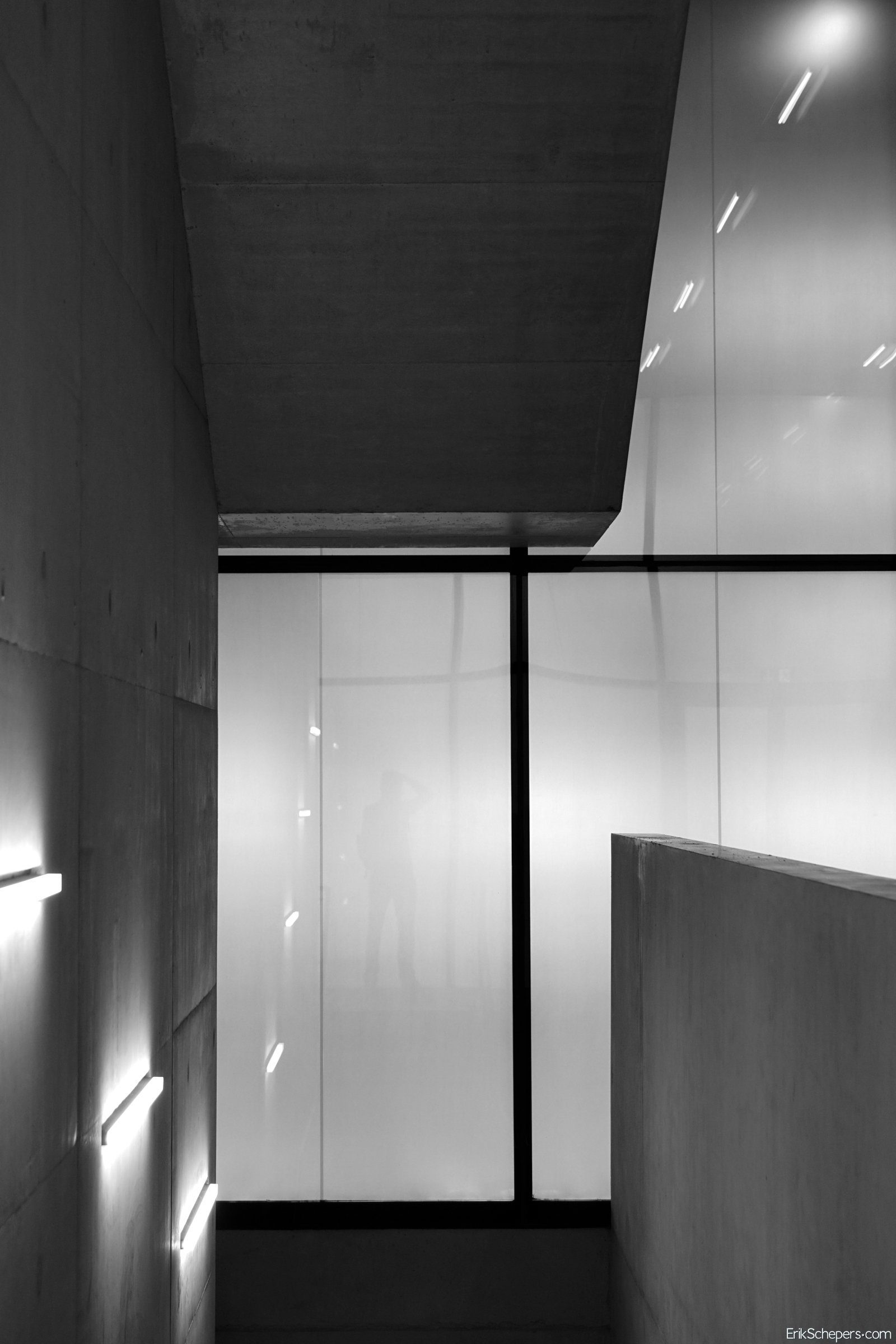 Reflexion Tate Mordern, London - erik_schepers | ello