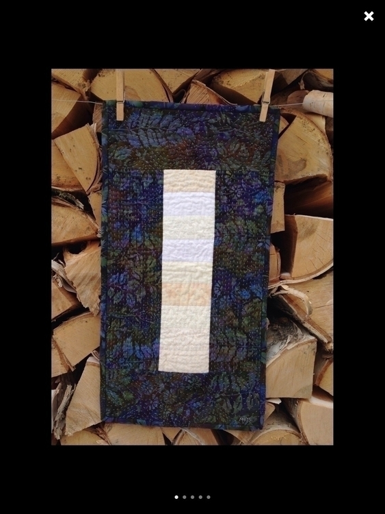Beautifully textured Batik Tabl - firesidequiltstudio   ello