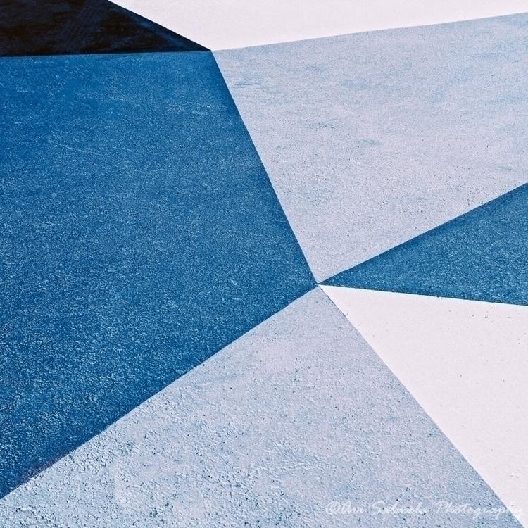 Shapes Geometric shapes painted - arisalmelaphoto | ello