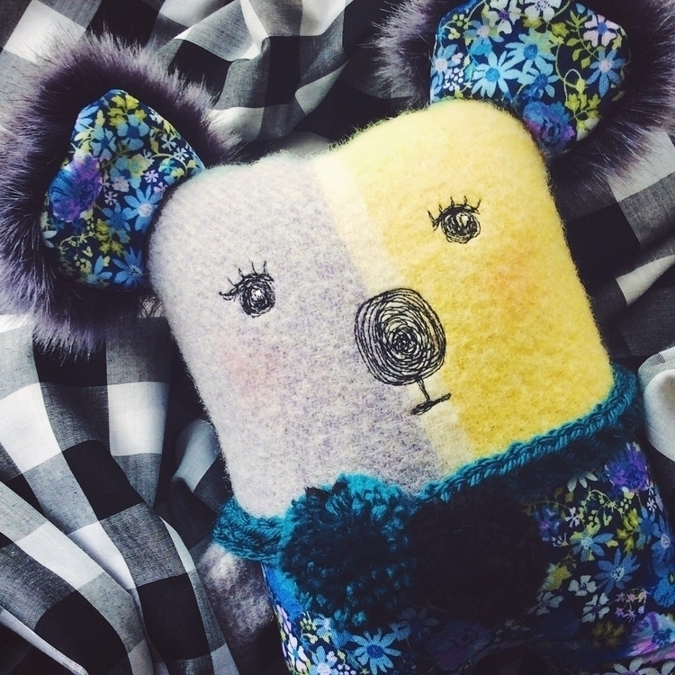 Pom Koala - newinstore, etsy - alittlevintagedoll | ello
