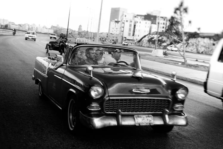 Malecón ride - Habana, Cuba - christofkessemeier | ello