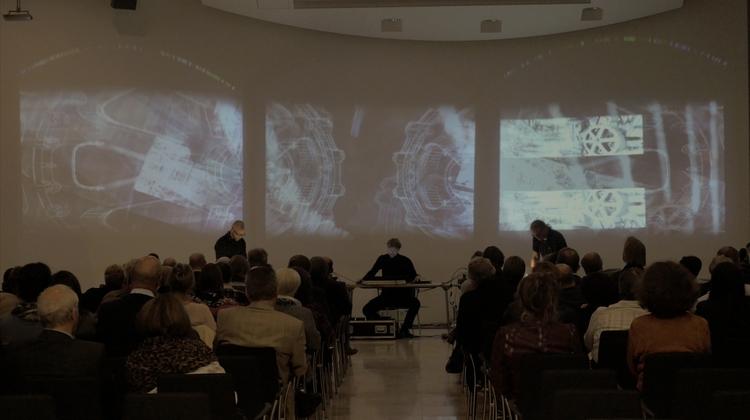 Maschinenfabrik sound-art proje - andreasusenbenz | ello