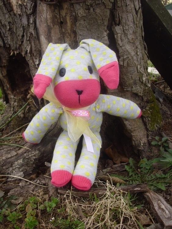 sock bunny Easter - gjanney | ello