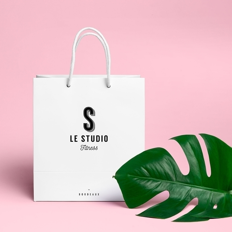 Packaging pour Le Studio Fitnes - romainzampieri | ello