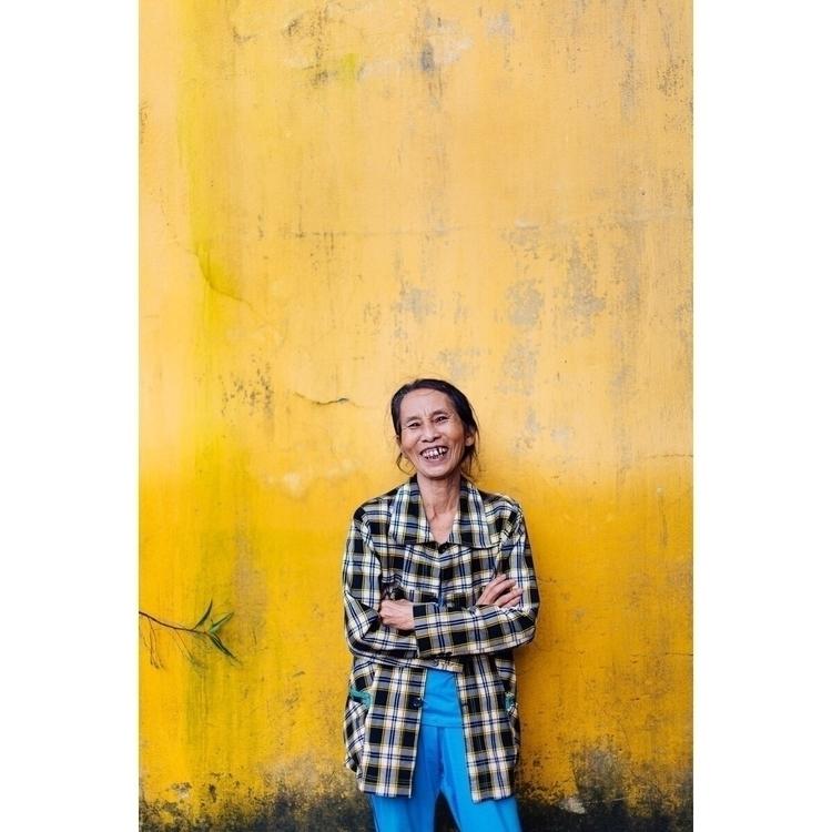 met beautiful woman streets Hoi - afaulkphoto | ello