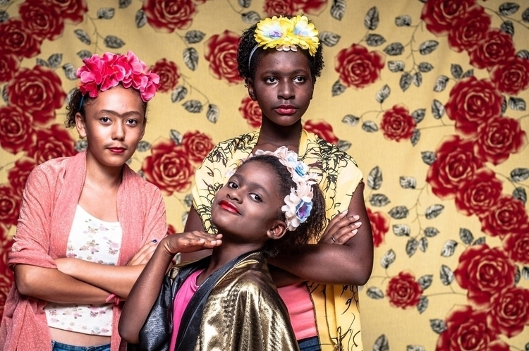 Todos Podem Ser Frida, Livro  - camisfontenele | ello