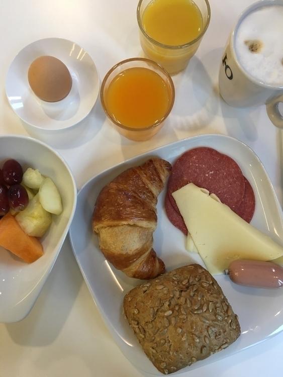 [#Breakfast prizeotel Hannover - rowiro | ello