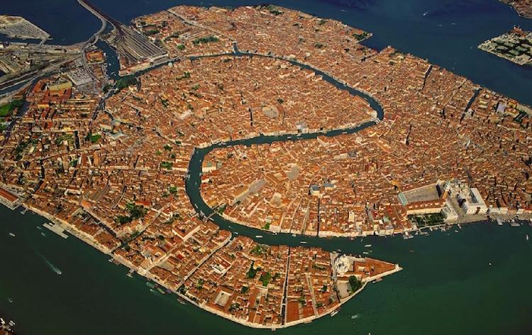 Complete Coverage 2017 Venice B - valosalo | ello