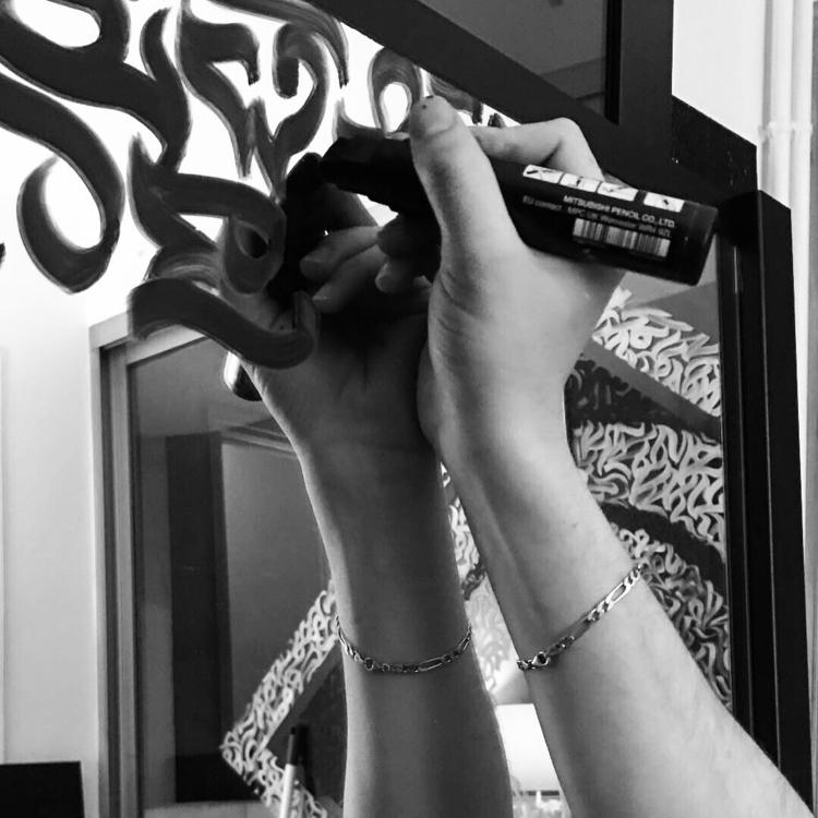Black Mirrør Hand brushed calli - darksnooopy | ello