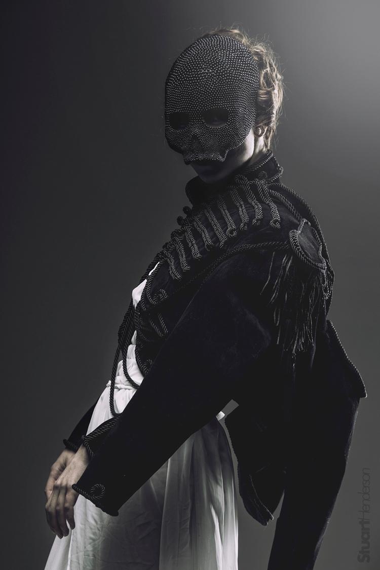 Photographer:Stuart Henderson  - darkbeautymag | ello