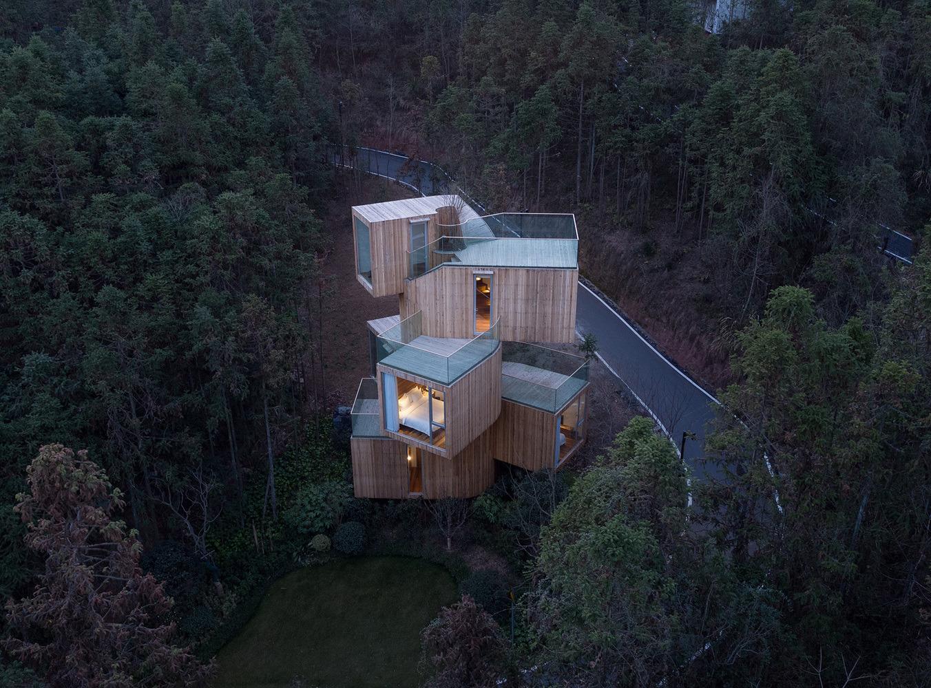 Qiyun Mountain Tree House / Ben - red_wolf | ello
