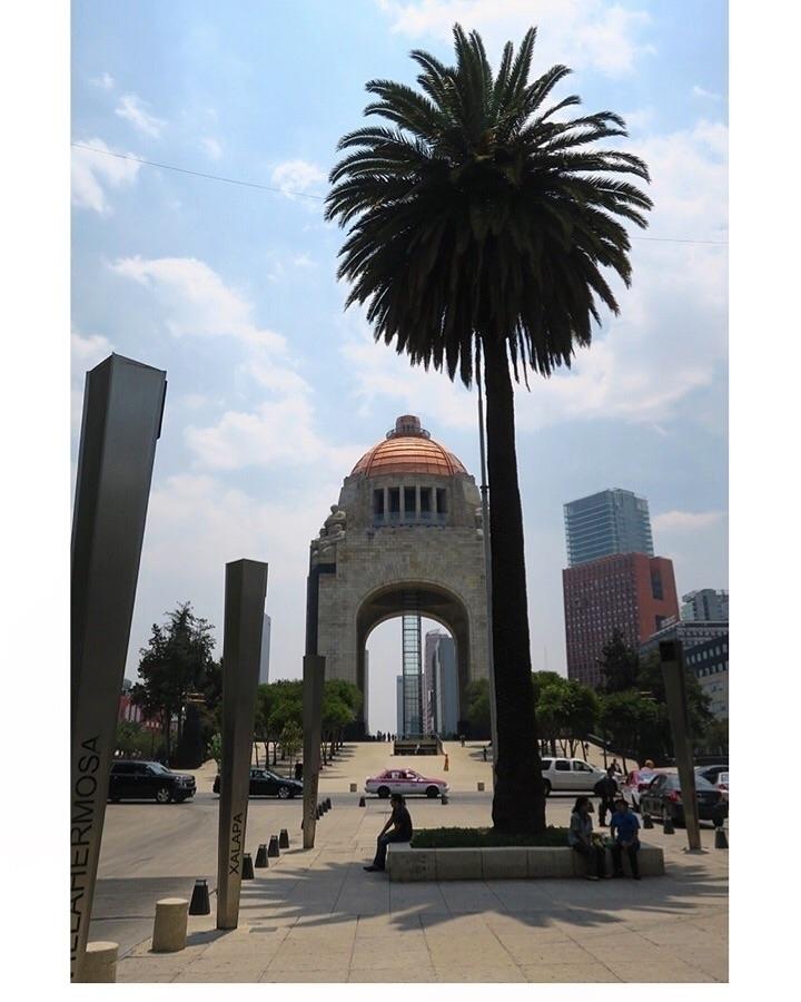 Monumento la Revolución - 4/17 - helliongallery | ello