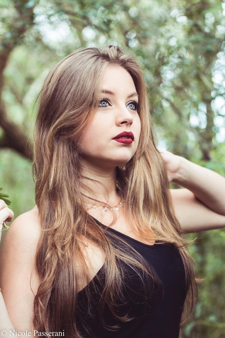 Model: Mayara Guidoni Ph: Nicol - nipasserani   ello