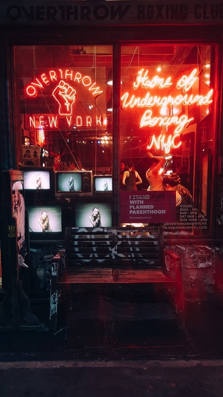 newyork, newyorkcity, neon, red - 8millionstories | ello