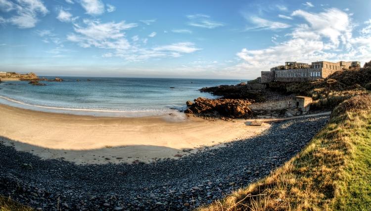 Corblets Beach Alderney - islan - neilhoward | ello