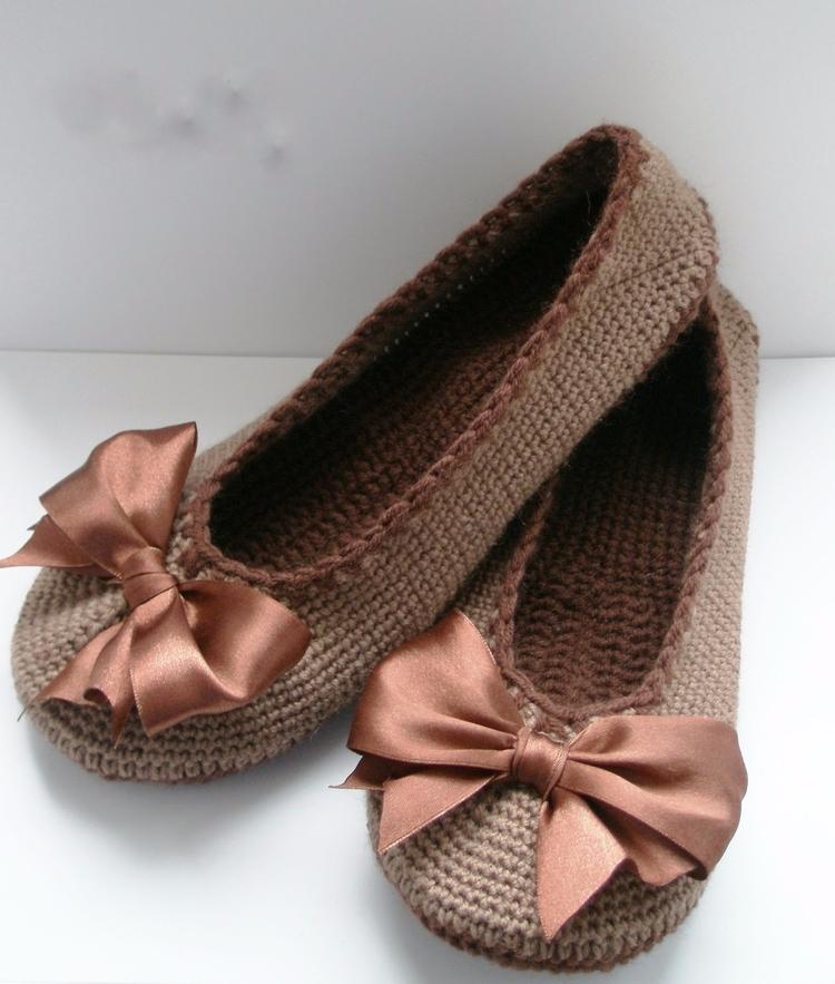 crochet sneaker model lovely, b - brunacrochet | ello