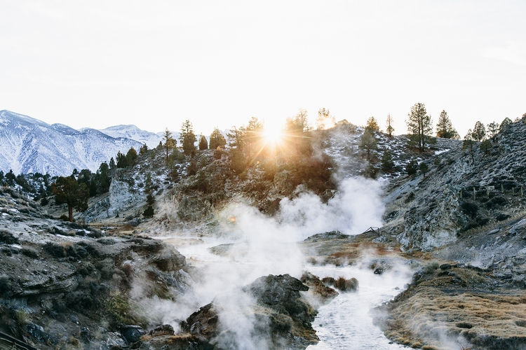 hot touch. Mammoth, California - lauraaustin | ello