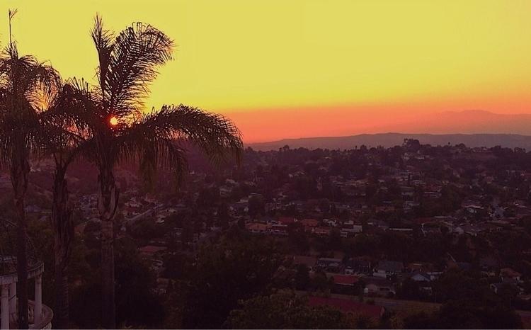 Sherbet sunset - flomar432 | ello