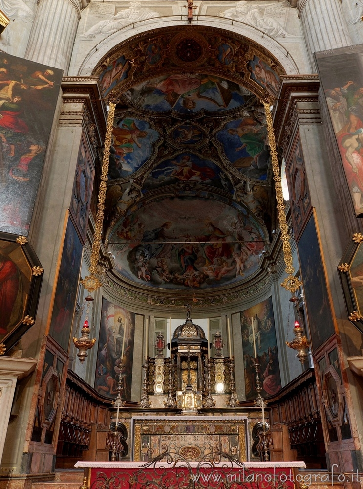 ( ): Apse Church Santa Maria de - milanofotografo | ello