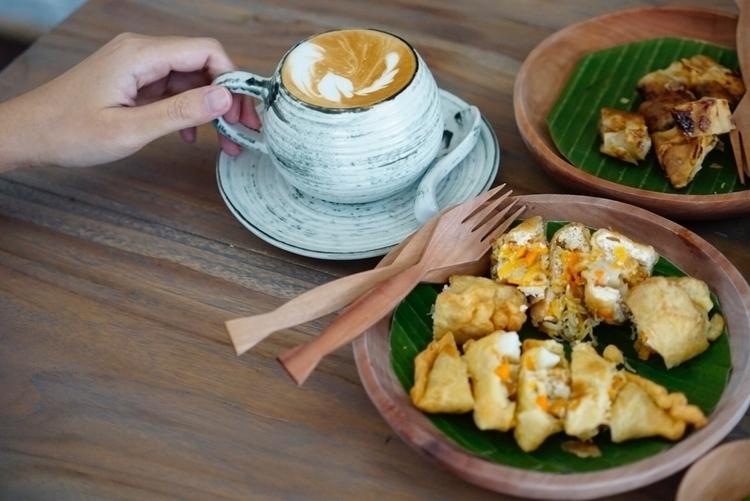 Local Snack Coffee - wherda | ello
