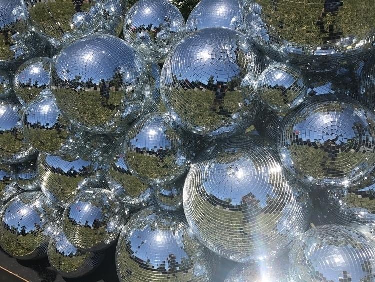 discoball, glory, fragmented - jahrocker   ello