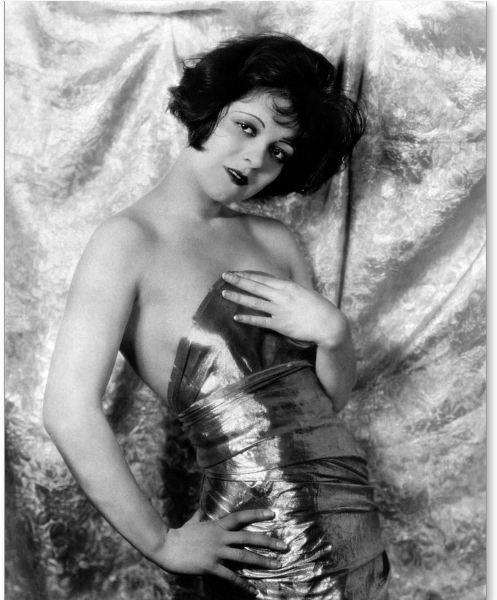 Clara Bow, 1926 - arthurboehm | ello