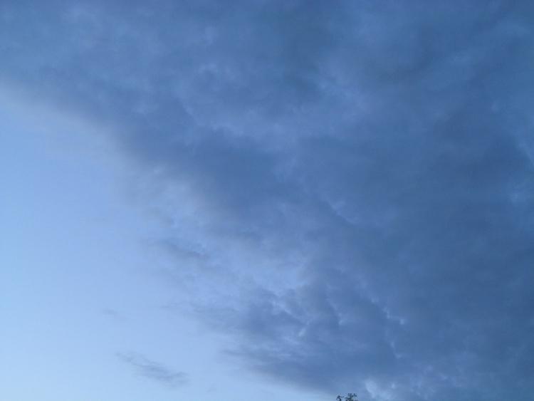 sky, clouds - tricefoils | ello