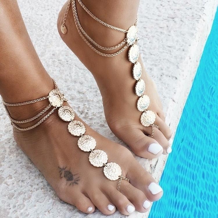Anklets hot rn! Tap link bio sh - moonlitcreatures | ello