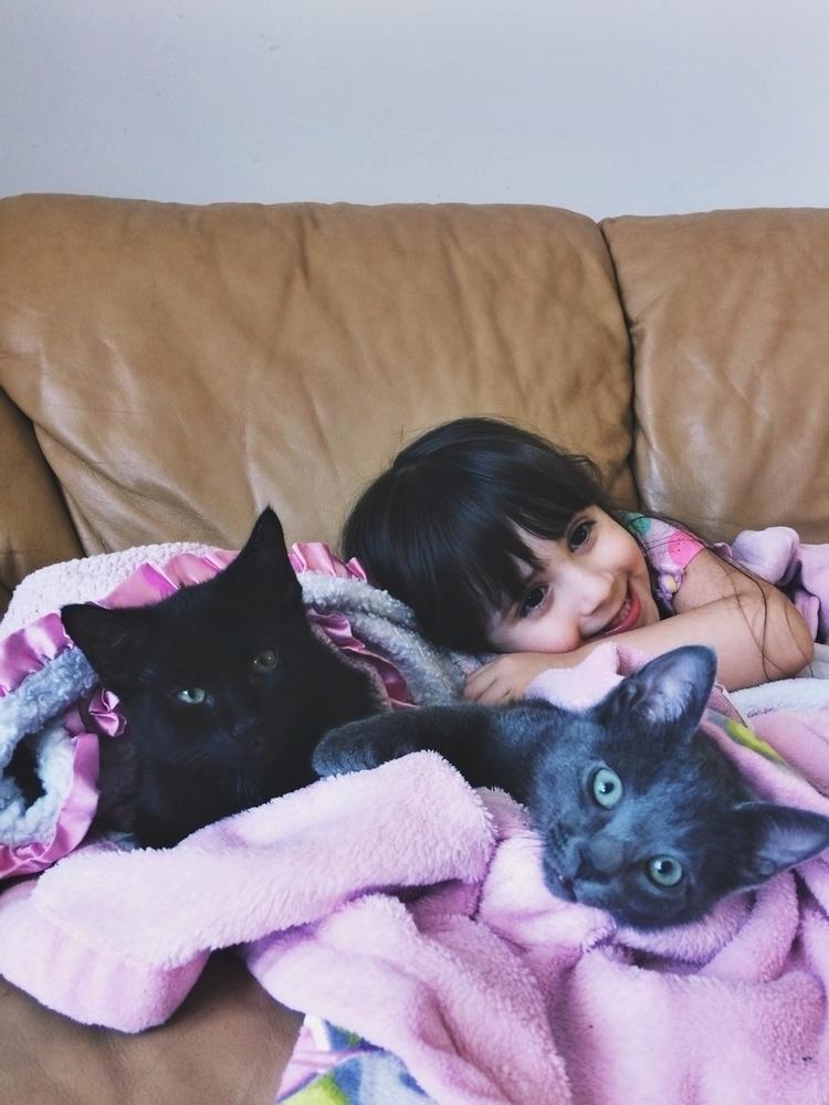 Kitty love:smile_cat - mintmoonstudios | ello