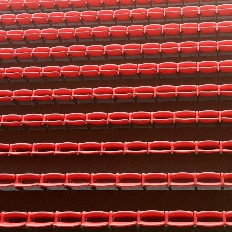 Stadium - skoop | ello