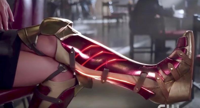 Supergirl borrows boots movie p - bonniegrrl | ello