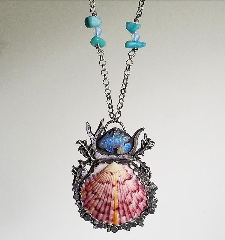 necklace sea shell Sanabel Isla - newerajewels | ello