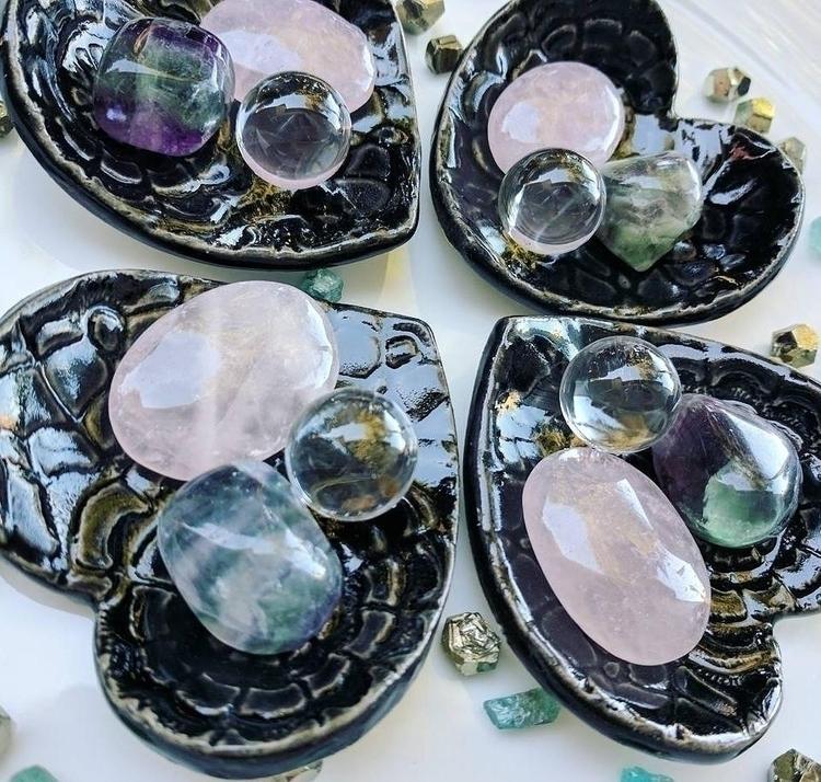 Beautiful crystal bundle rose q - bodybeewell   ello