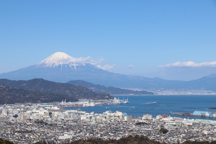 Mount Fuji Shimizu Port - japan - waygaijin   ello
