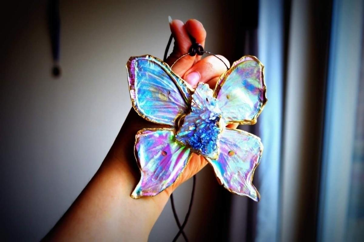 Luna Moth: amethyst aura flower - spiritualdragon   ello