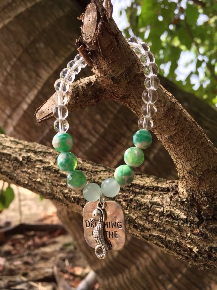 Seahorse bracelet - summervibes - bohoelementsdesigns | ello