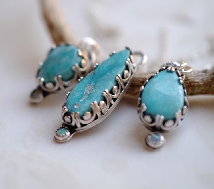 find necklaces Etsy shop. Sonor - lizix26 | ello