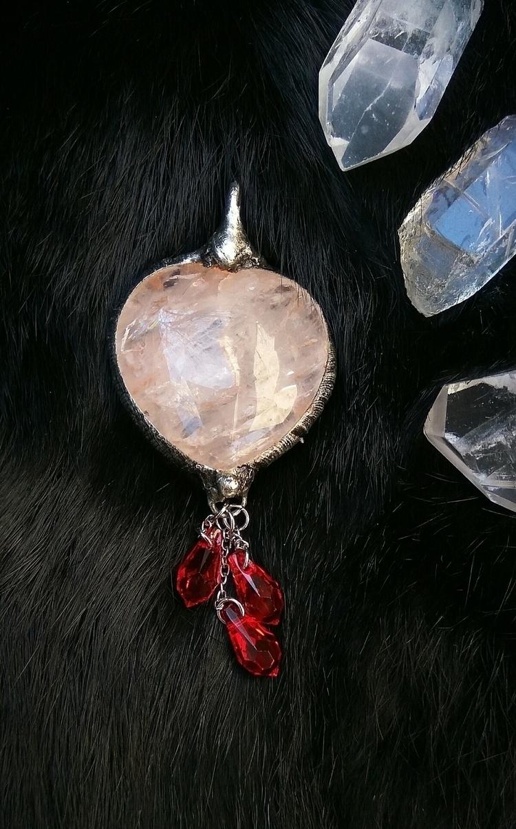 heart pendant red droplets - rosequartz - selestinejewelry | ello