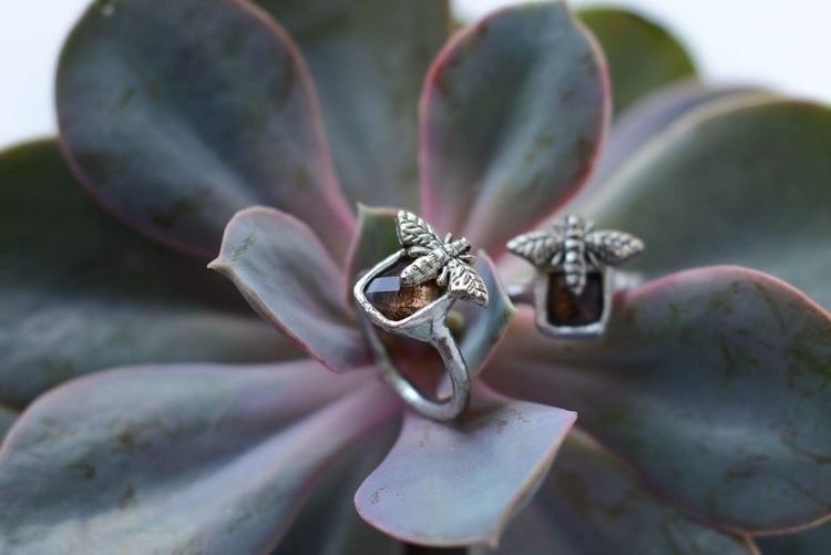 Smoky quartz ring . Etsy :) .#e - formvollendung | ello