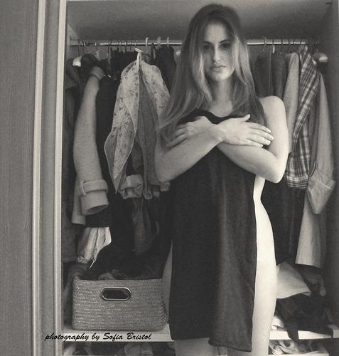 dress body. girl - girlportrait - sofiabristol   ello