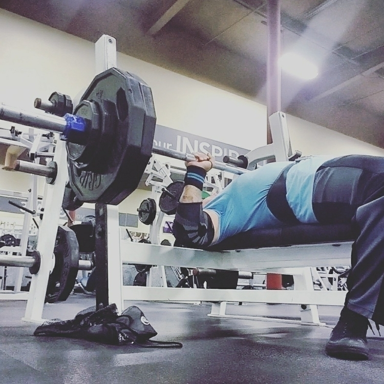 Bar chest. ass reps - fitfam., powerlifting - strongfitliving   ello